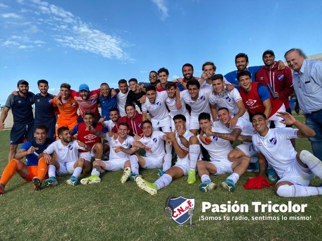 Tercera: ¡Campeones Uruguayos!
