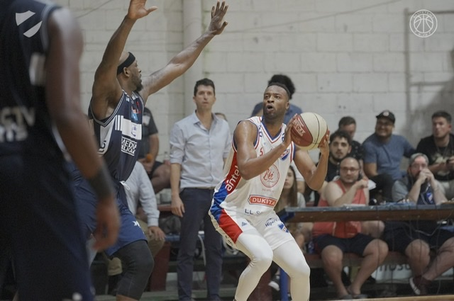 Basket: NACIONAL 86- 73 Defensor